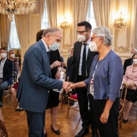 Université Jean Moulin Lyon 3 informovala o promoci absolventů programu MBA_MAE