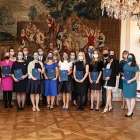 Promoce absolventů 30. ročníku programu MBA_MAE se koná 10. září 2021 na francouzském velvyslanectví