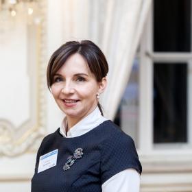 Prof. Machková byla v anketě HN opět zařazena mezi 25 Top žen veřejné sféry a J. Rezlerová mezi Top ženy byznys-manažerka
