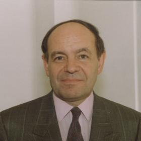 Odešel Jean Gueguinou, první porevoluční velvyslanec